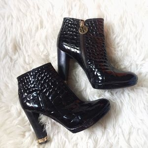 Tory Burch Leigh Patent Leather Ankle Boots Sz 5.5